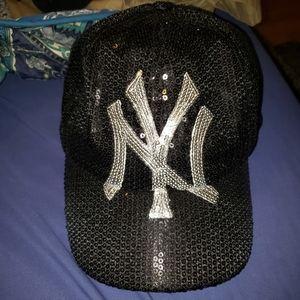 YANKEES Black Sequined Glitter Ladies Hat